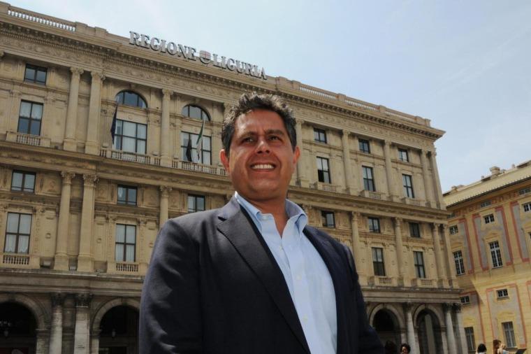 Giovanni Toti in Piazza De Ferrari